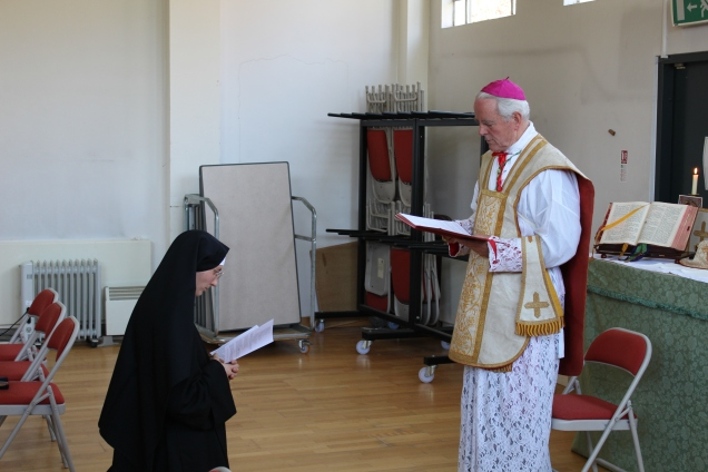 Sr Maries Liesse renewing her vows to Bishop Williamson.